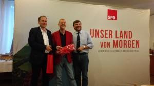 von l. nach r.: Matthias Bachmann, Jochen Hartloff, Jürgen Conrad